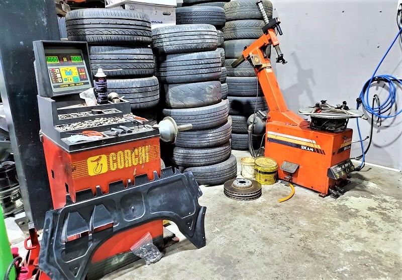 【AMS專業汽車保養維修改裝車廠】 拆胎機及輪胎平衡機