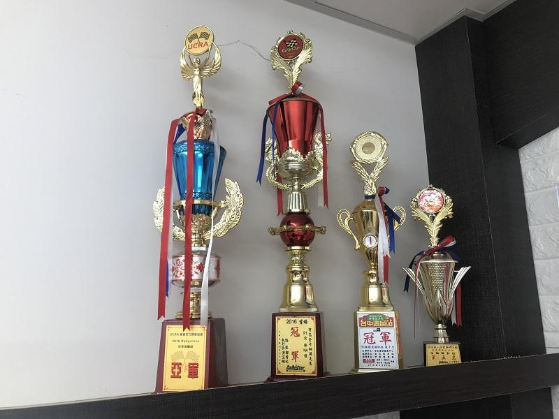 台中市西屯區推薦修車廠保養廠寶馬保修奨座