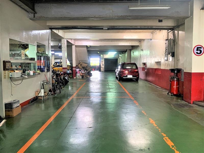 宜蘭縣宜蘭市推薦修車廠保養廠僑興汽車修理廠廠內