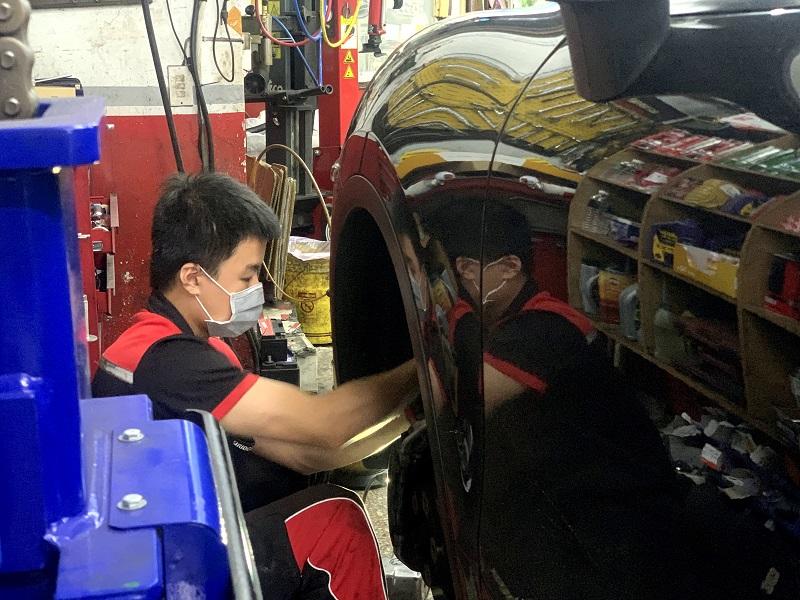 新北市板橋區推薦修車行保養廠輪胎行合將汽車保養廠處理